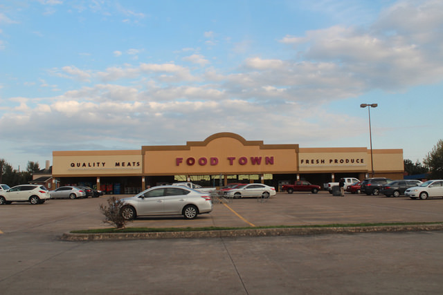 A look at one of Houston's Former Food Lion Locations