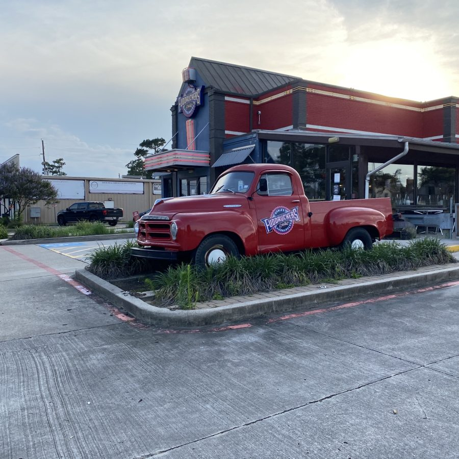 Retail News: Two more Fuddruckers closer to closing, including one in a former Arbys