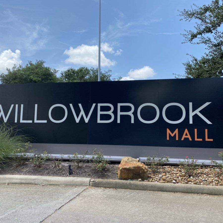 Willowbrook Mall Sign
